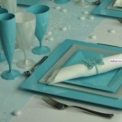 Assiette mariage carrée 18 cm ou 24 cm Turquoise, jetable par 12