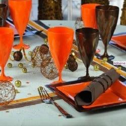 Assiette mariage carrée 18 cm ou 24 cm orange, jetable par 12