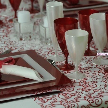 Assiette carrée plastique Rouge carmin 24 cm par 12